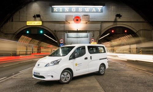 e-NV200 Front - Tunnel