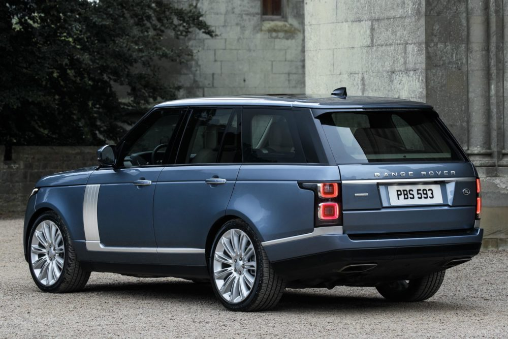 Following The Introduction Of New Range Rover Sport Plug In Hybrid Electric Vehicle Phev Last Week Jaguar Land Is Now Adding A Similar Model To